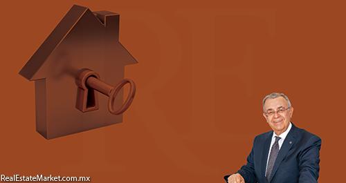 Víctor Manuel Requejo<br />Director General de Banco Inmobiliario Mexicano