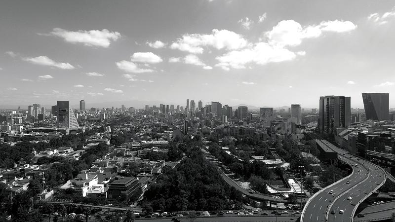 Real Estate Market & Lifestyle,Real Estate,Perspectivas 2019,Absorción histórica de espacios corporativos: 750,000 m2,Luis G. Méndez Trillo.,